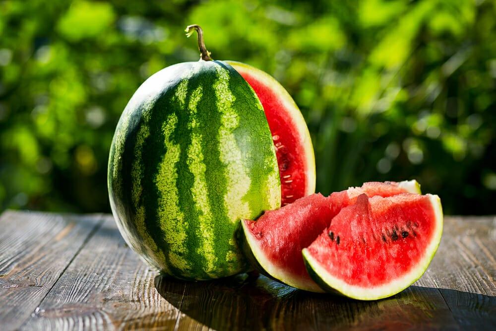 すいか,スイカ,西瓜の値段 価格の相場と旬や栄養成分